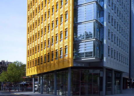 Central St Giles. Architect: Renzo Piano/Fletcher Priest Architects;Consultant: ARUP; Photographer: Andy Spain